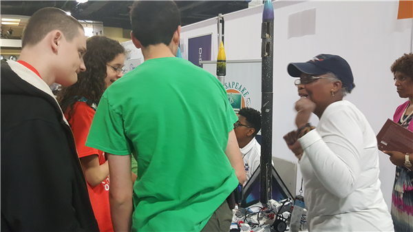 Ms. Graham talks with students about CMIT rockets -20160417_152331.jpg