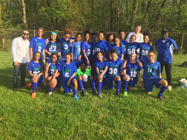 Soccer Girls 2018.JPG